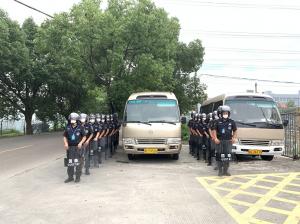 开展反恐演练 筑牢安全堡垒 ——记龙港变电站反恐演练